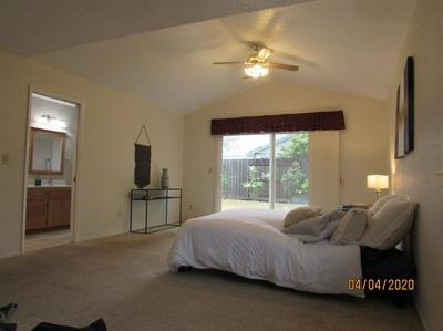 804 BROOKSIDE DR, WOODLAND, CA 95776 - Photo 2