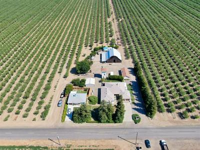 400 LEMON AVE, Patterson, CA 95363 - Photo 1