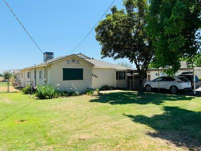8160 CRANE RD, Oakdale, CA 95361 - Photo 2