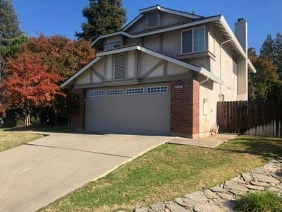 2545 MOSSY OAKS CT, Rancho Cordova, CA 95670 - Photo 1