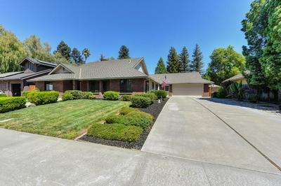 807 FAIRVIEW DR, Woodland, CA 95695 - Photo 2