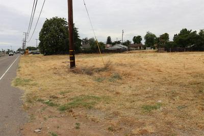 2318 MAIN ST, Escalon, CA 95320 - Photo 1