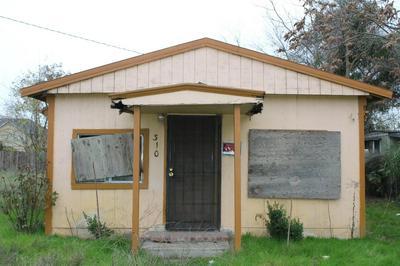310 SHILLING AVE, Lathrop, CA 95330 - Photo 1