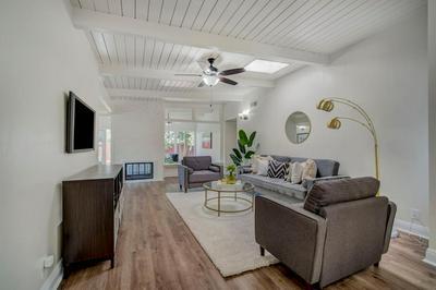 4320 CONSTANCE LN, Sacramento, CA 95822 - Photo 2