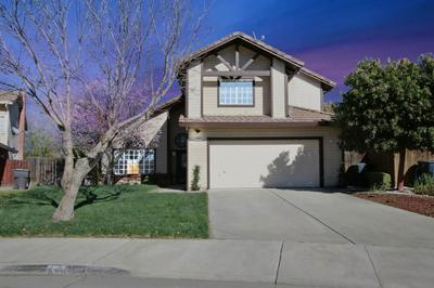 820 COLONIAL LN, TRACY, CA 95376 - Photo 1
