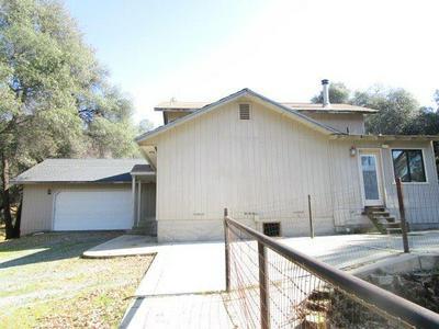 12401 BIG HILL RD, Sonora, CA 95370 - Photo 2