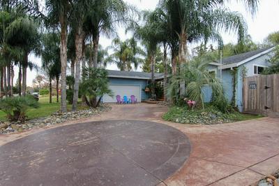 9501 SHUMWAY DR, Orangevale, CA 95662 - Photo 2