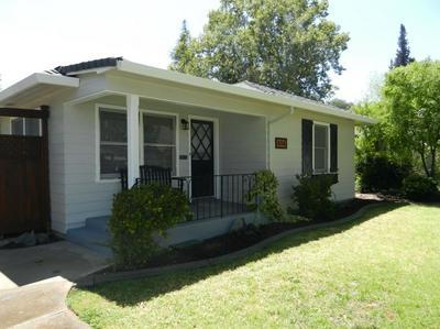 616 W PINE ST, Lodi, CA 95240 - Photo 2