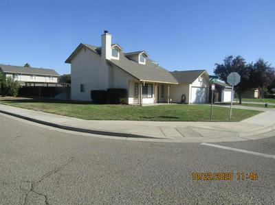 1085 BRENTWOOD AVE, Gustine, CA 95322 - Photo 2