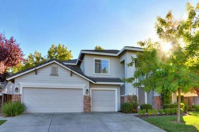 3641 GRAND POINT LN, Elk Grove, CA 95758 - Photo 2