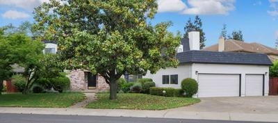 201 ROYAL OAKS CT, Lodi, CA 95240 - Photo 2