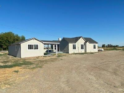 21673 FOURTH AVE, Stevinson, CA 95374 - Photo 2