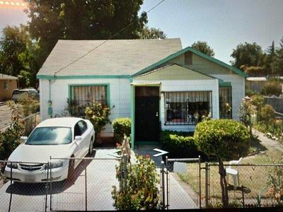 3211 FAIRMONT AVE, Stockton, CA 95206 - Photo 1