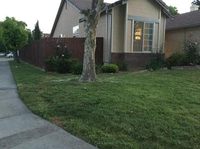 8144 GRANDSTAFF DR, Sacramento, CA 95823 - Photo 2