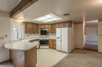 6157 TREMAIN DR, Citrus Heights, CA 95621 - Photo 2