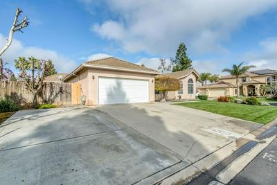 4530 BILTMORE ST, CHOWCHILLA, CA 93610 - Photo 2
