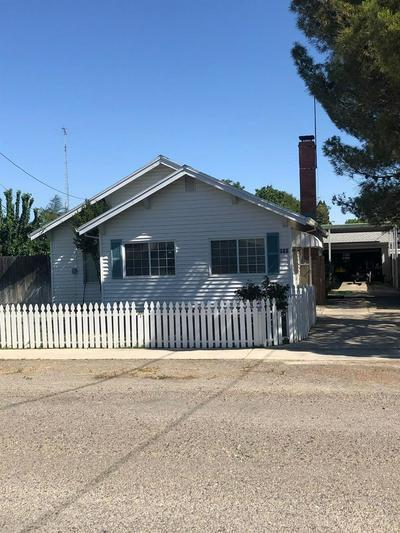 910 KING ST, Arbuckle, CA 95912 - Photo 1
