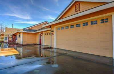 8950 MOONEY RD, Elk Grove, CA 95624 - Photo 1