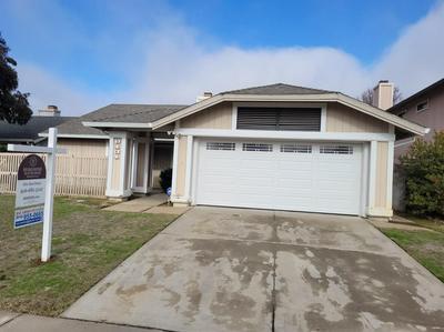 8131 DARIEN CIR, Sacramento, CA 95828 - Photo 1
