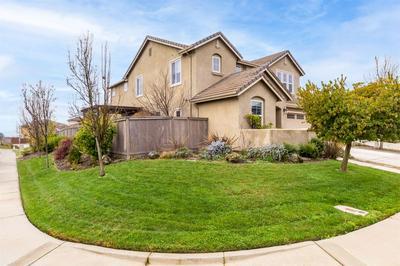 11876 ASPEN HEIGHTS CT, Rancho Cordova, CA 95742 - Photo 2
