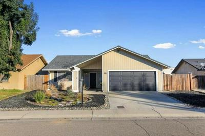 395 ELGIN AVE, Lodi, CA 95240 - Photo 2