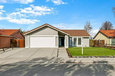 211 W DEERWOOD LN, Tracy, CA 95376 - Photo 2