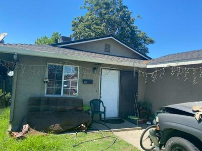 336 1ST ST, Livingston, CA 95334 - Photo 1
