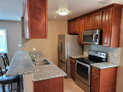 7384 FRANKLIN BLVD APT 4, Sacramento, CA 95823 - Photo 2