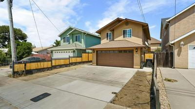 225 S 6TH AVE, Oakdale, CA 95361 - Photo 2