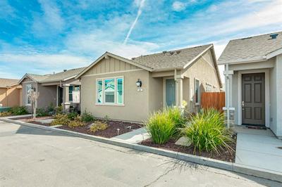 844 CASTELLONA DR, NEWMAN, CA 95360 - Photo 2