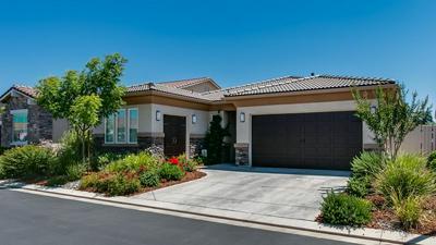 323 VIA ZIROLI, Oakdale, CA 95361 - Photo 1