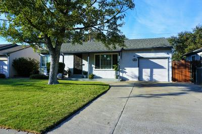 207 E ESSEX ST, Stockton, CA 95204 - Photo 2