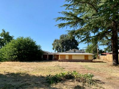 2915 MONROE RD, Yuba City, CA 95993 - Photo 2