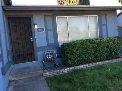 1300 DUNCAN DR, TRACY, CA 95376 - Photo 2