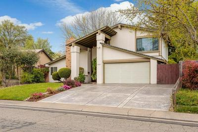 5927 MERLINDALE DR, CITRUS HEIGHTS, CA 95610 - Photo 2