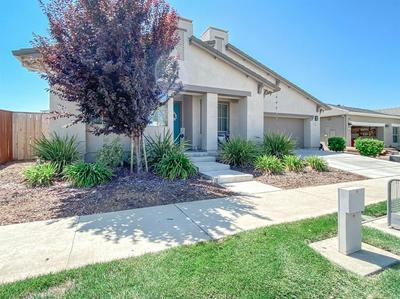 684 BRANDING IRON ST, Oakdale, CA 95361 - Photo 2