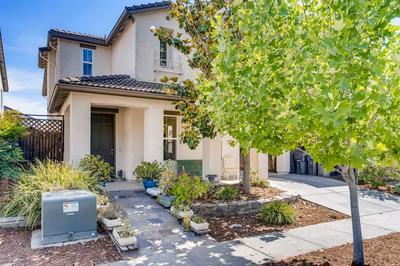 1619 COLUMBUS RD, West Sacramento, CA 95691 - Photo 1