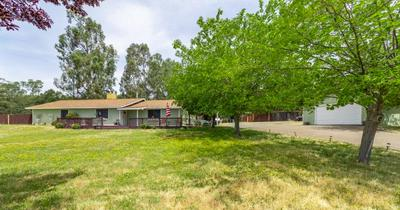 3287 GRANITE SPRINGS RD, Coulterville, CA 95311 - Photo 2