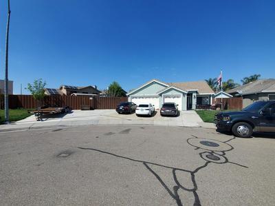 355 FOX MEADOW CT, TRACY, CA 95376 - Photo 2