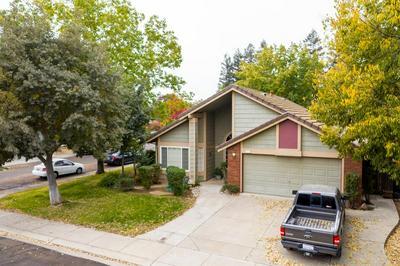 805 LARNED LN, Modesto, CA 95357 - Photo 2