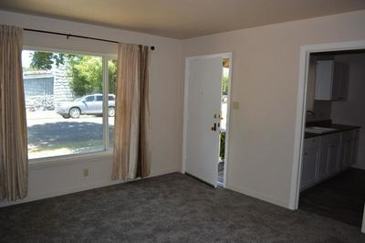 462 E PINE ST, Stockton, CA 95204 - Photo 2