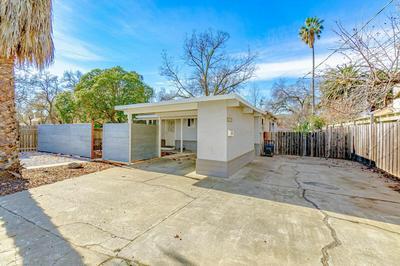1030 PENDEGAST ST APT A, Woodland, CA 95695 - Photo 2