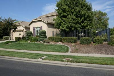 6077 CREEKBERRY WAY, El Dorado Hills, CA 95762 - Photo 2
