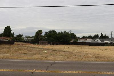 2318 MAIN ST, Escalon, CA 95320 - Photo 2