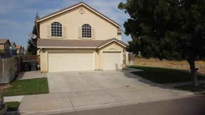 3139 WALNUT LN, Riverbank, CA 95367 - Photo 1