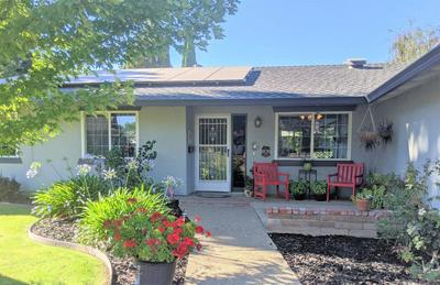 1095 TARA CT, Yuba City, CA 95991 - Photo 2