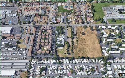 6140 LEMON HILL AVE, Sacramento, CA 95824 - Photo 2