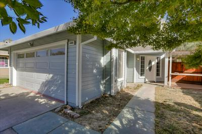 1005 TOWSE DR, Woodland, CA 95776 - Photo 2