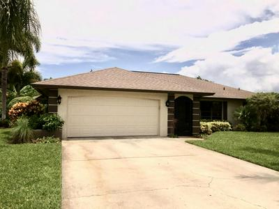 213 BAY MEADOWS DR, Naples, FL 34113 - Photo 1