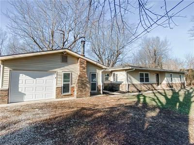 9400 N BISHOP LN, Mooresville, IN 46158 - Photo 2